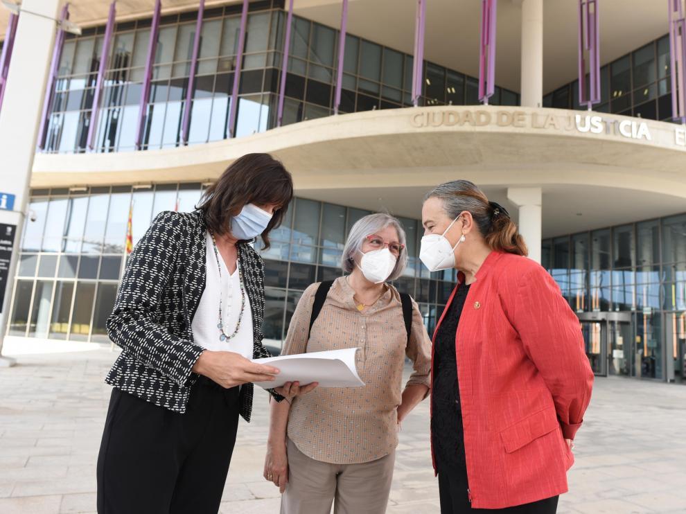 Lola Ranera (PSOE) presenta contencioso contra las ayudas a la escuela concertada.