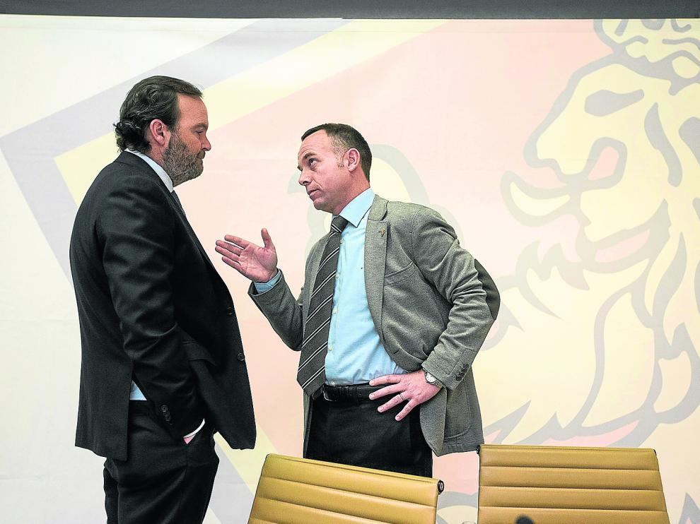Christian Lapetra y Fernando Sainz de Varanda, presidente y vicepresidente del Real Zaragoza.