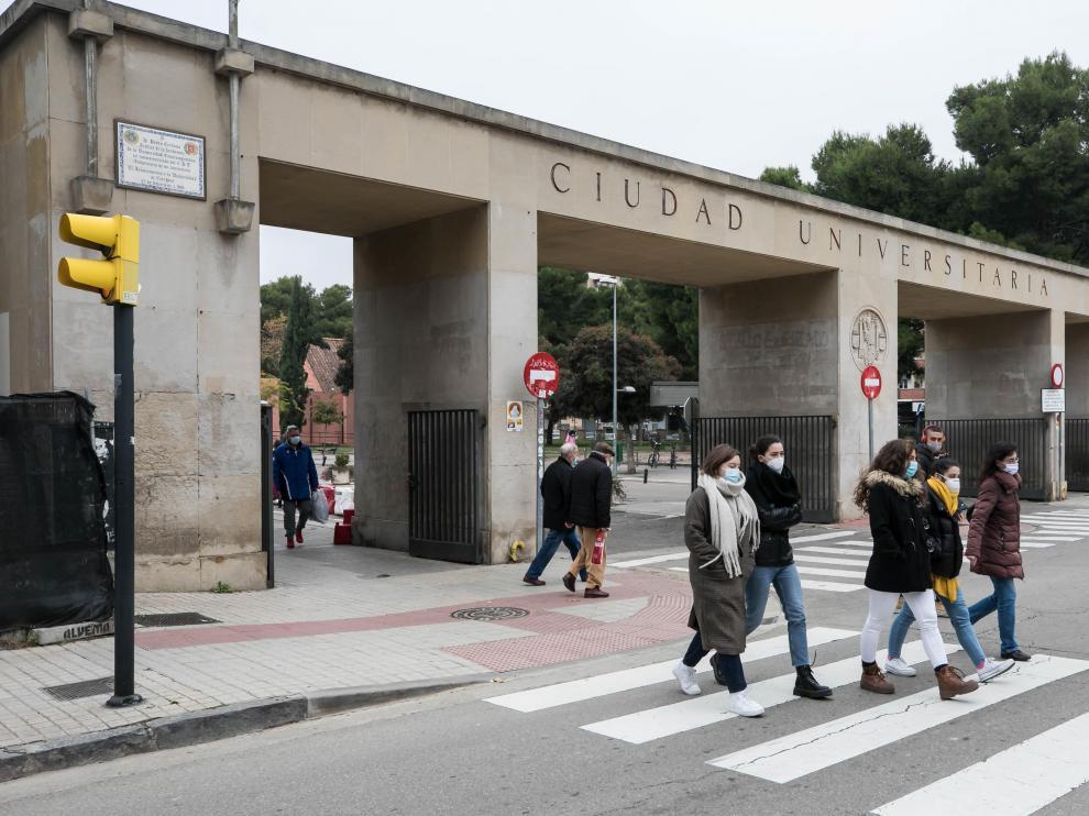 La Universidad de Zaragoza cuenta con un total de 76 cátedras institucionales y de empresas.
