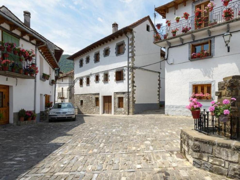 La Casa Rural Paloma está en una construcción de Ansó del año 1700.