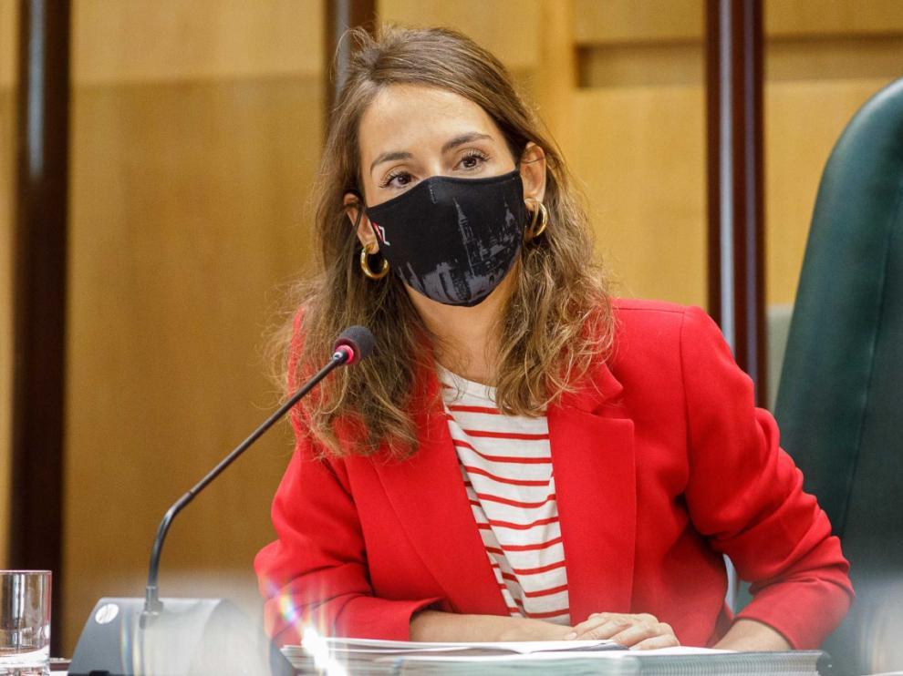 María Navarro, en la comisión de Hacienda de este martes.