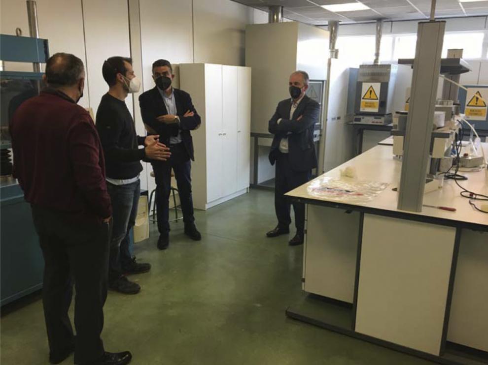 Representantes de Tecnalia en la visita a las instalaciones de MLN.