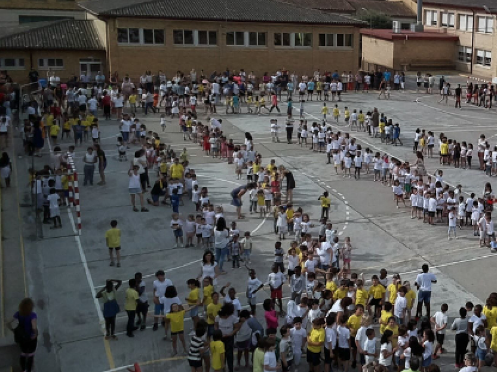 Imagen de archivo del colegio público Víctor Mendoza de Binéfar.