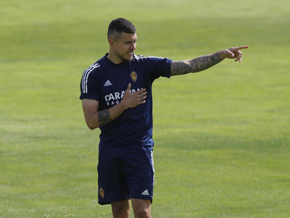 Juanjo Narváez, en un entrenamiento de la pasada temporada con el Real Zaragoza.