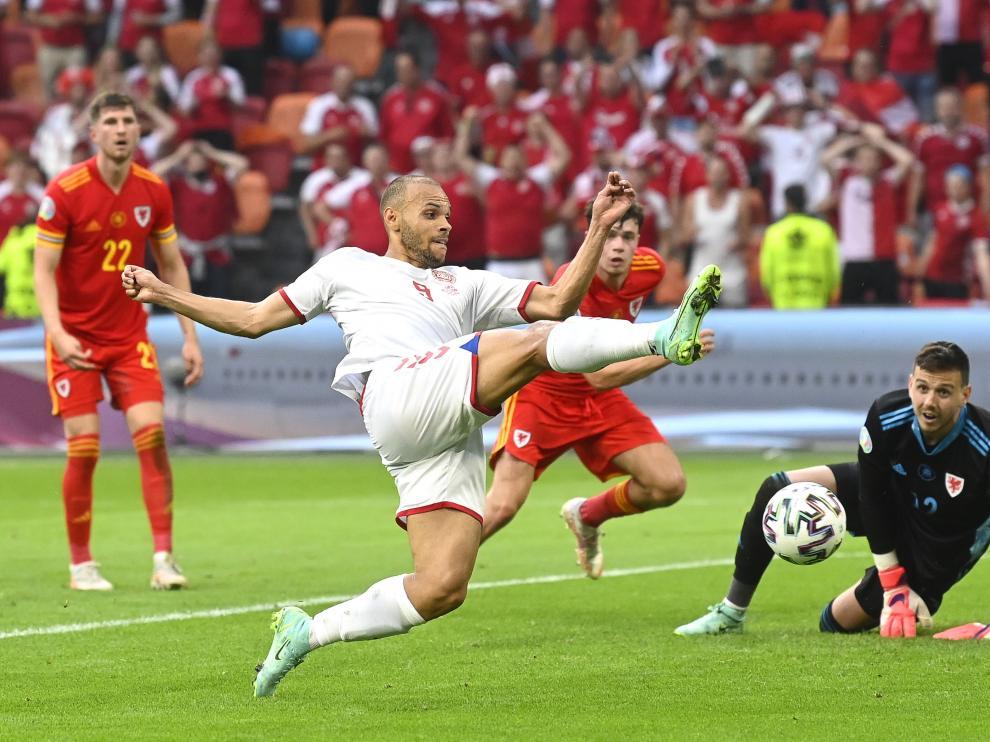 Partido entre Gales y Dinamarca