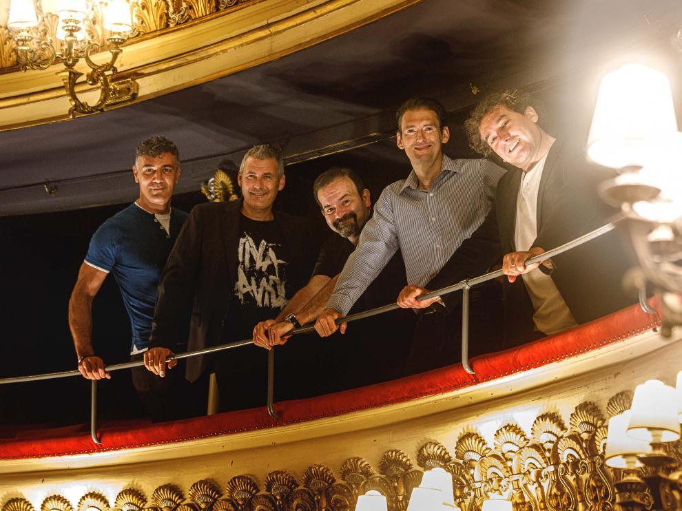 Los cinco integrantes de B Vocal, este lunes en el Teatro Principal