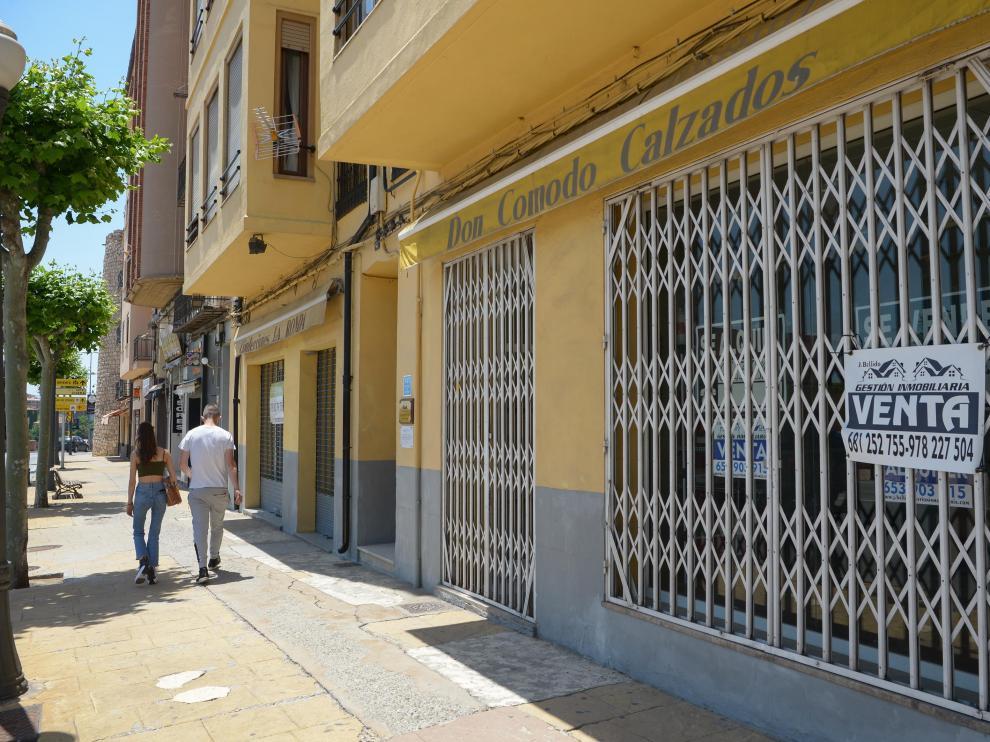 Los locales que se traspasan o venden se repiten en la ronda de Ambeles.