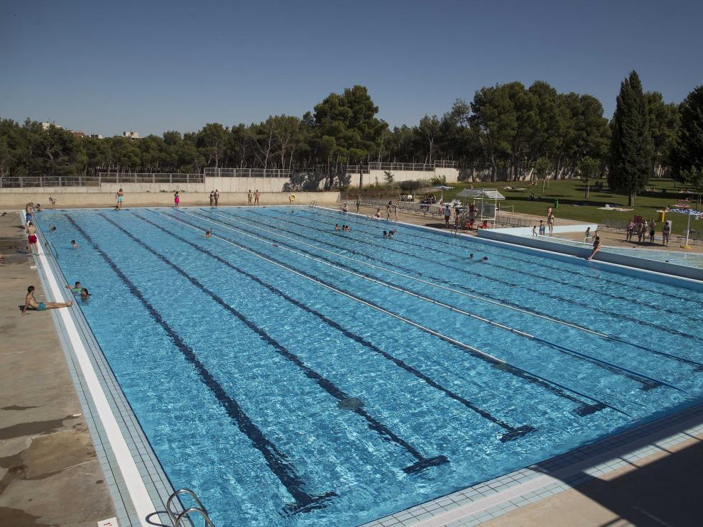 Vaso de las piscinas municipales de Torrero donde ocurrió el suceso.