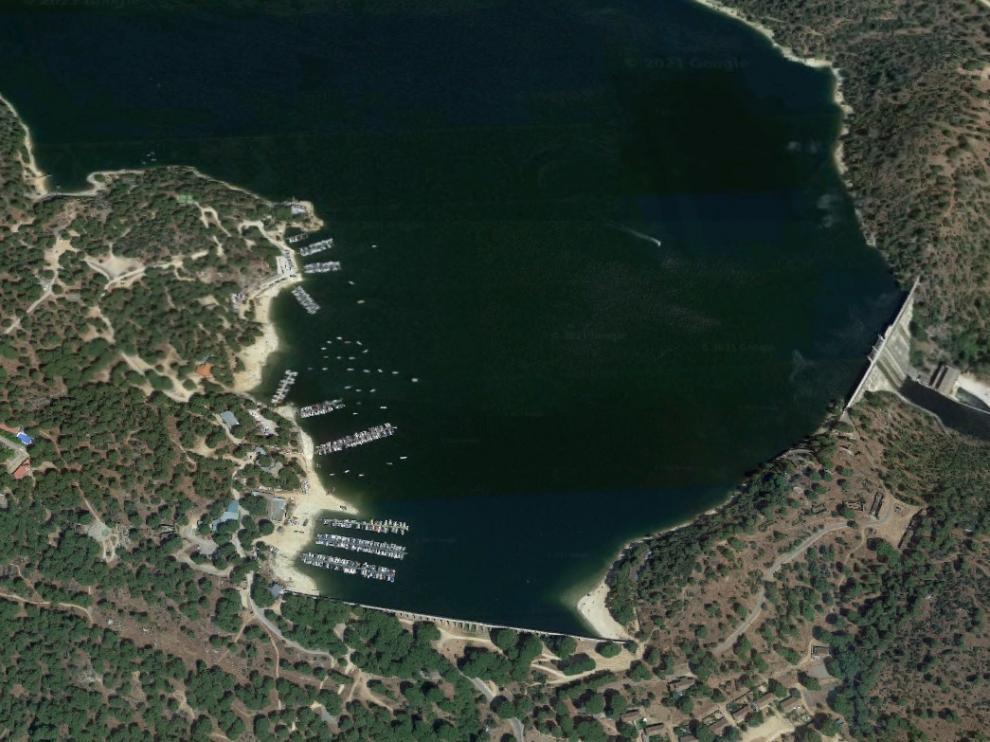 Vista aérea del pantano San Juan, en la Comunidad de Madrid.