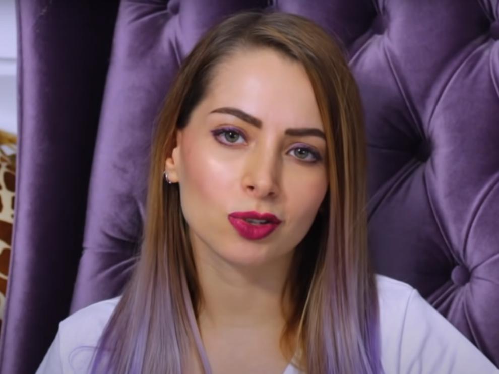 Detenida la 'youtuber' mexicana YosStop por pornografía infantil.
