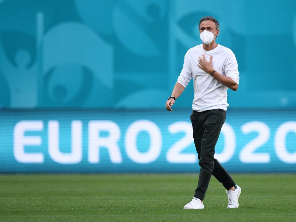 Luis Enrique en el estadio Krestovski escenario del partido de cuartos de final de la Eurocopa Suiza-España