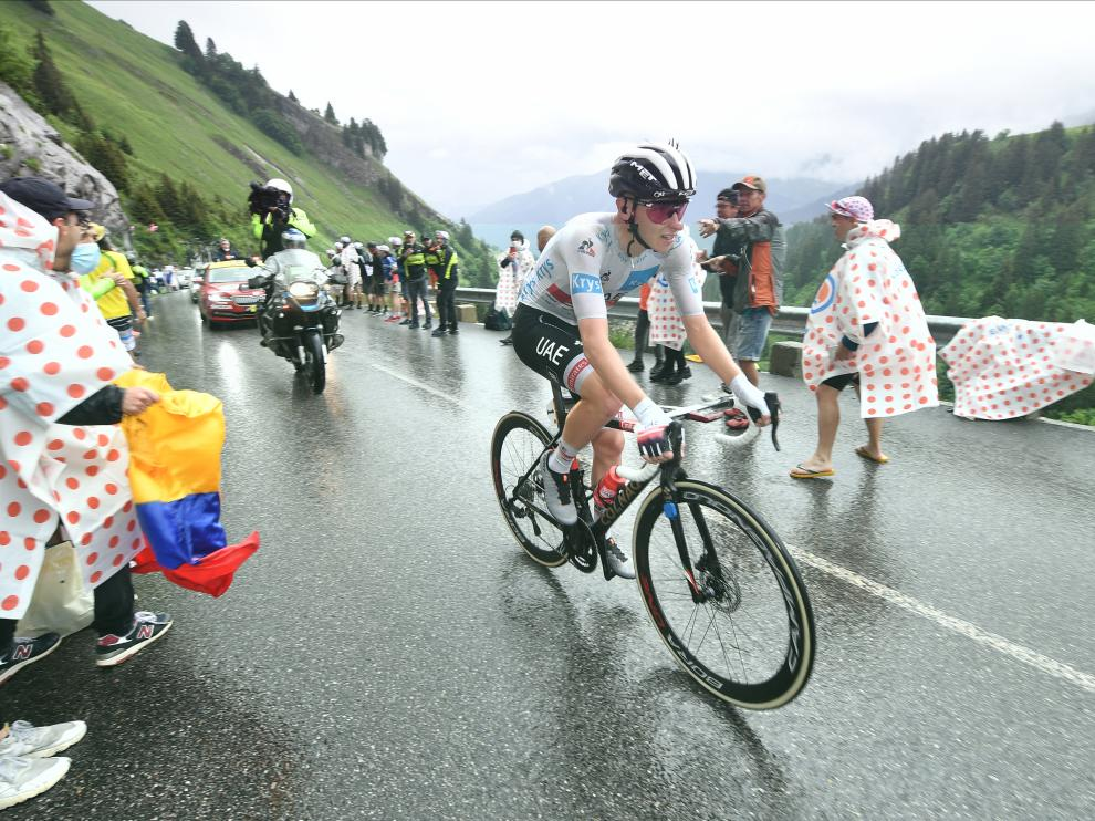 Pogacar, en acción en la octava etapa del Tour, primera en los Alpes, en la que se ha puesto líder