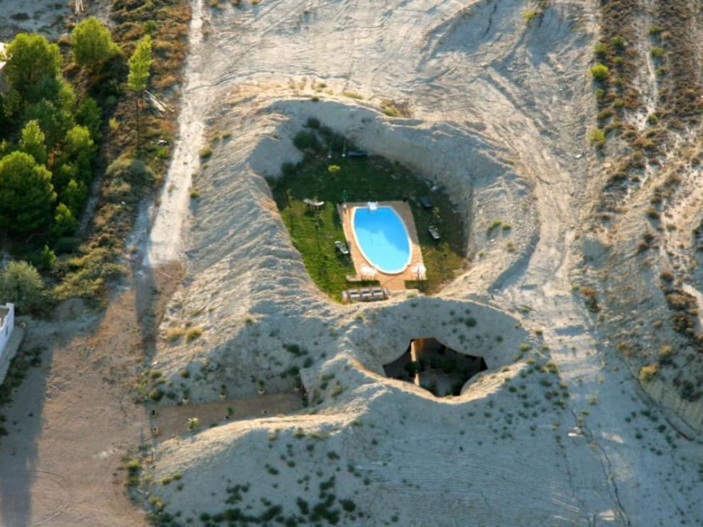 Vista aérea del hotel cueva de Tardienta-Monegros