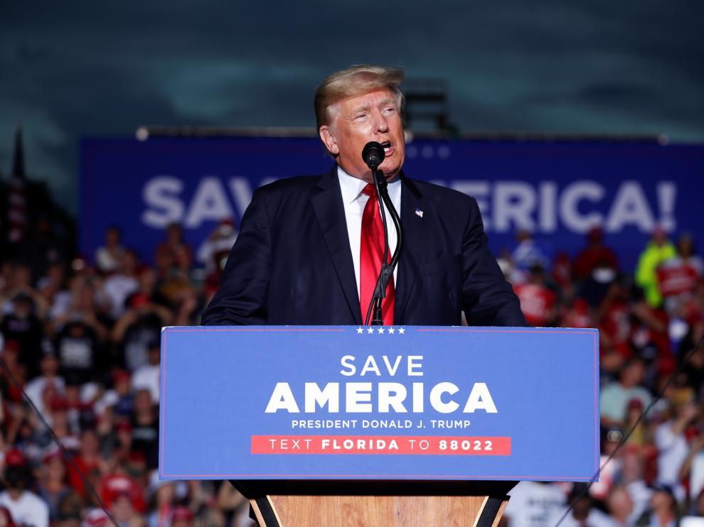 Trump, durante su mitin en Sarasota, Florida.
