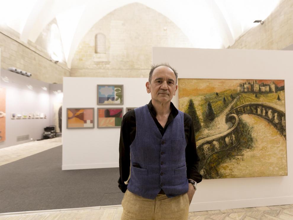 Santiago Arranz en su retrospectiva en el Museo de Huesca.