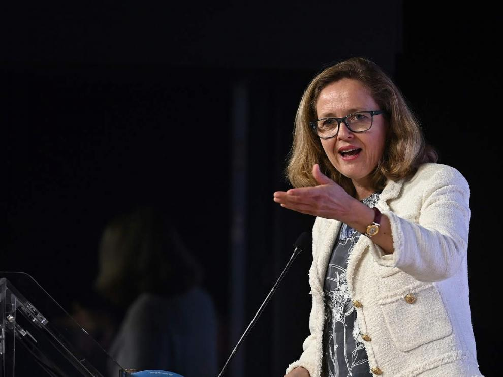 La vicepresidenta segunda y ministra de Asuntos Económicos y Transformación Digital, Nadia Calviño, en un discurso.