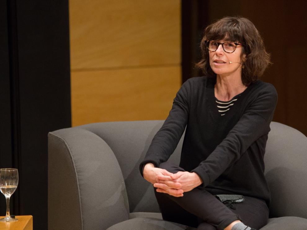 Elisa Arguilé, en una entrevista reciente, en la sala Galve.