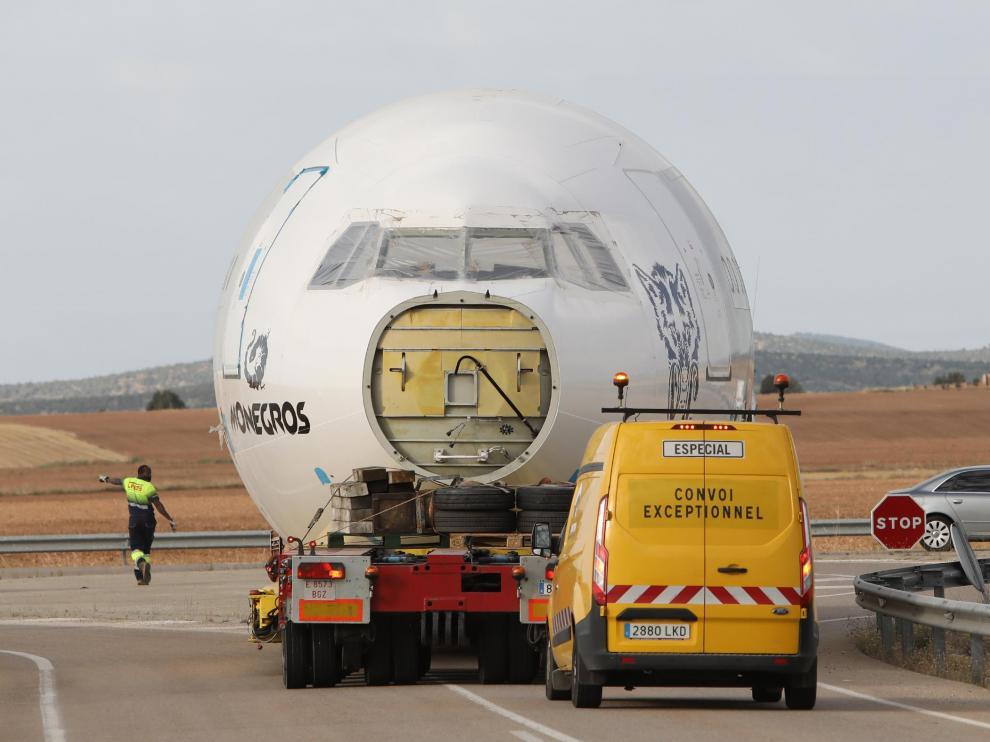 El Boeing que hará de escenario en el Monegros Desert Festival parte de Teruel