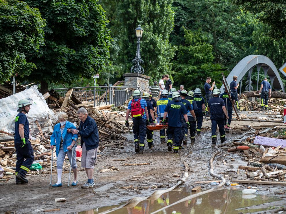 Equipos de rescate en la ciudad de Bad Neuenahr, Alemania, este jueves
