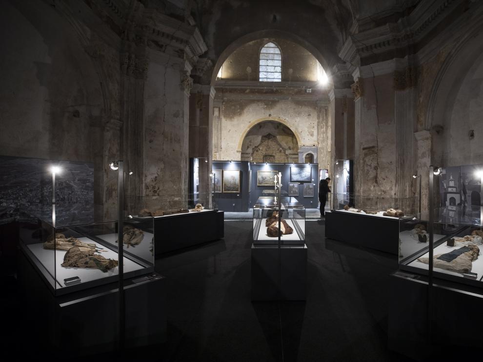 El Museo de las Momias de Quinto de Ebro, en el interior de una antigua iglesia, expone quince cuerpos momificados.