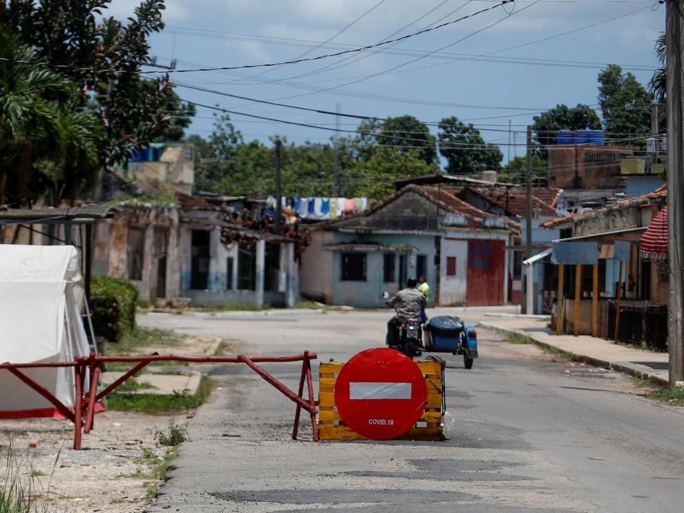 Simpatizantes del gobierno cubano mantienen presencia en San Antonio de los Baños