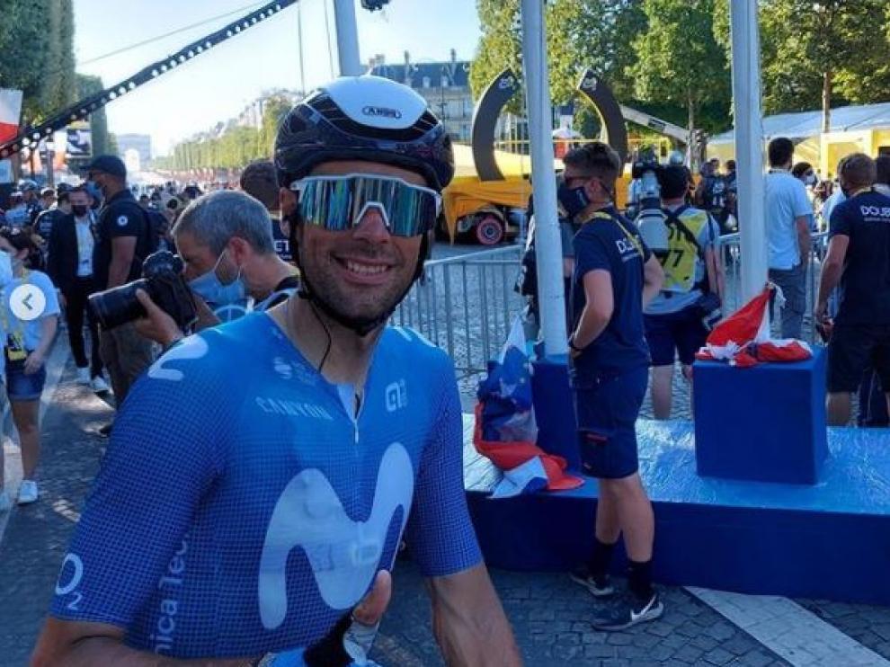 Jorge Arcas, junto al podio de París.