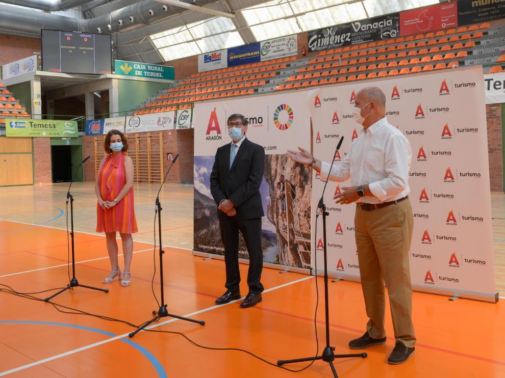 Arturo Aliaga, Firma convenio de patrocinio con el Voleibol Teruel /2021-07-21/ Foto: Jorge Escudero[[[FOTOGRAFOS]]]