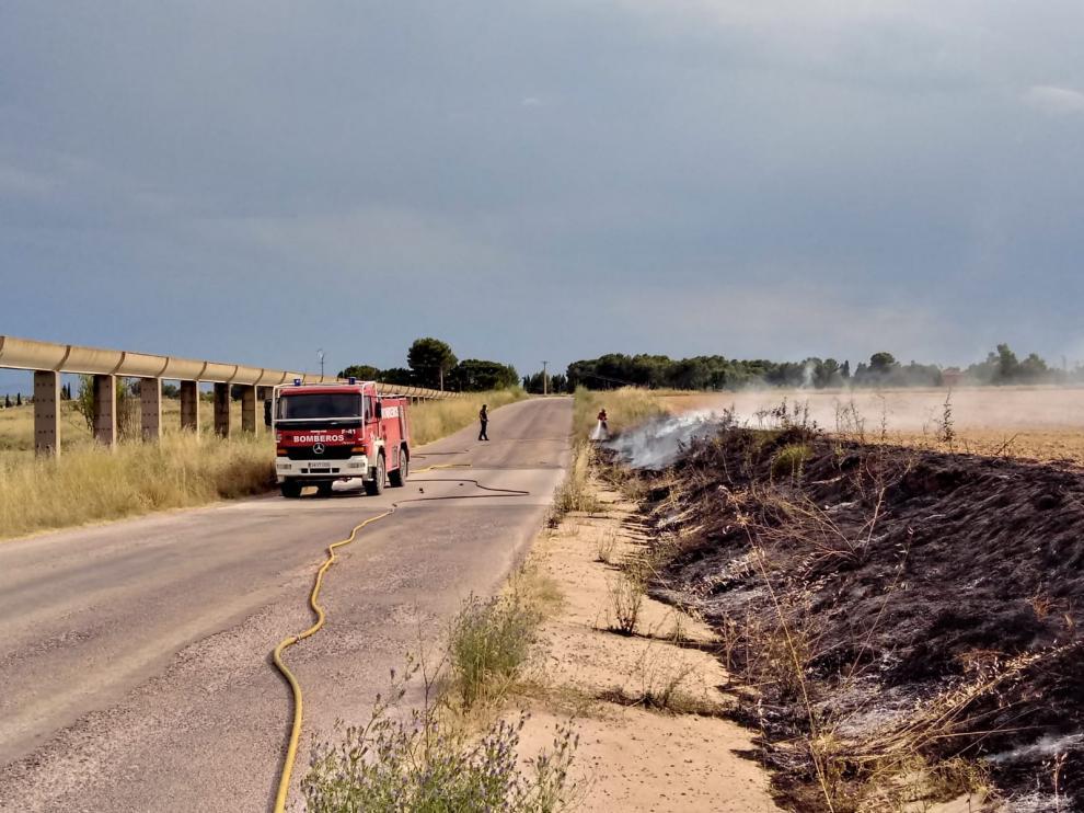 Incendio cercano de La Estanca de Alcañiz.