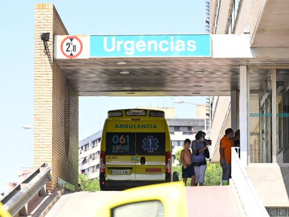 Llegada de los menores al Hospital Infantil de Zaragoza