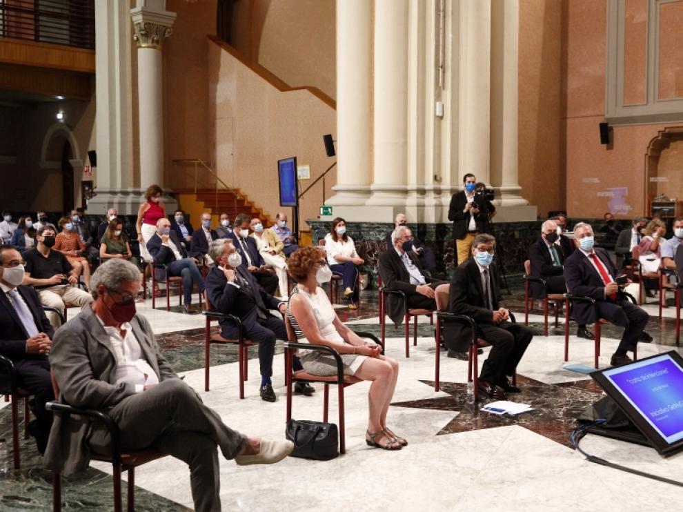 Arturo Aliaga, hoy, en la presentación de la hoja de ruta del hidrógeno en la sala de la Corona del Pignatelli.