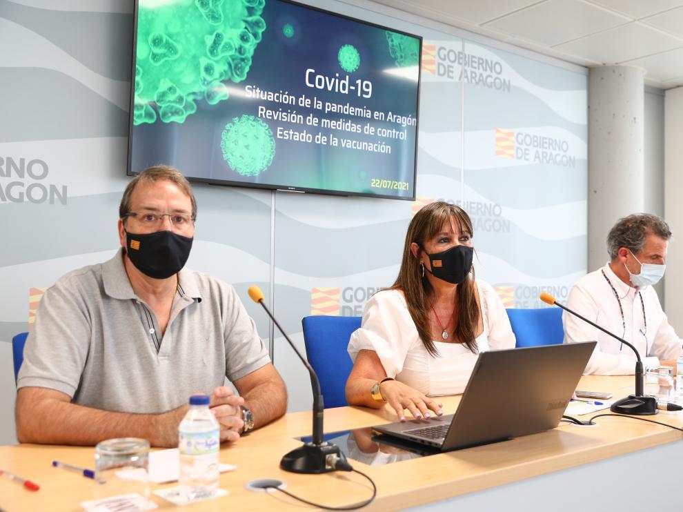 Javier Marzo, Sira Repollés y Francisco Javier Falo, en rueda de prensa este jueves para informar de las medidas.