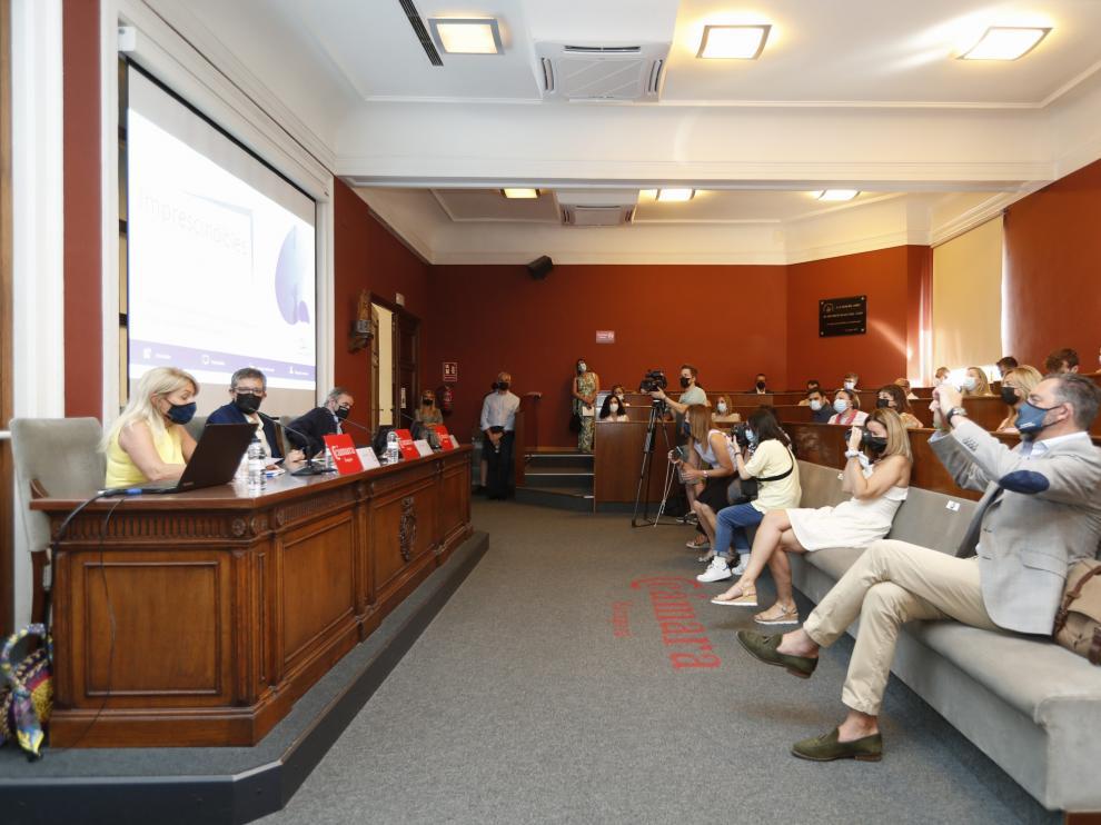 Presentación del programa 'Imprescindibles' de la Fundación Sesé este jueves en la Cámara de Comercio de Zaragoza.