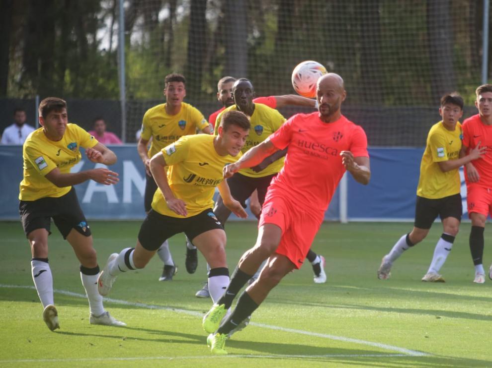 Mikel Rico, durante el amistoso de este sábado con el Lleida Esportiu.