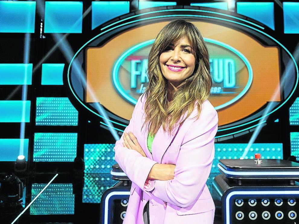 Nuria Roca es la presentadora de 'Family Feud'