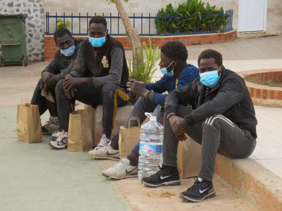 Un grupo reducido de migrantes consigue saltar la valla de Melilla