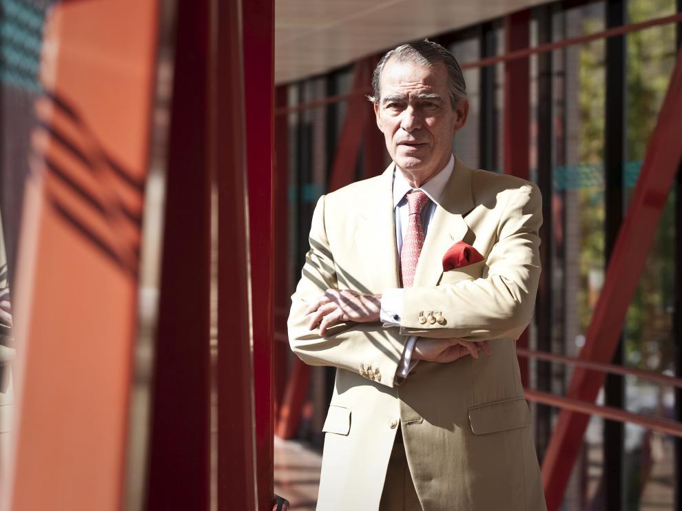 Ricardo Lozano Mantecón, cirujano del Hospital Clínico Lozano Blesa, en una imagen de archivo (2011).