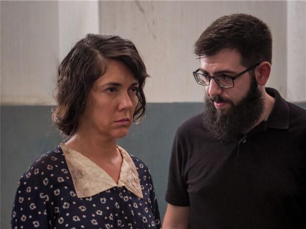 Carmen Barrantes y el joven director Tomás Generelo, que la dirigió en 'Cardelinas'..