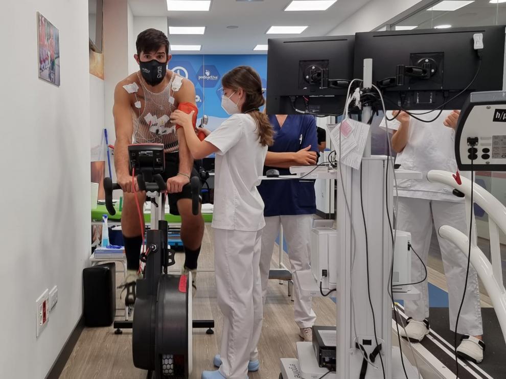 Los jugadores del Bada Huesca iniciaron este jueves los reconocimientos médicos previos al inicio de la pretemporada.