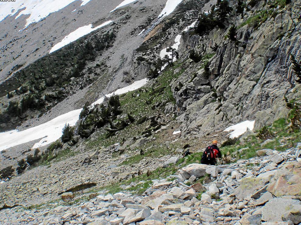 Laderas de subida al pico Arriel