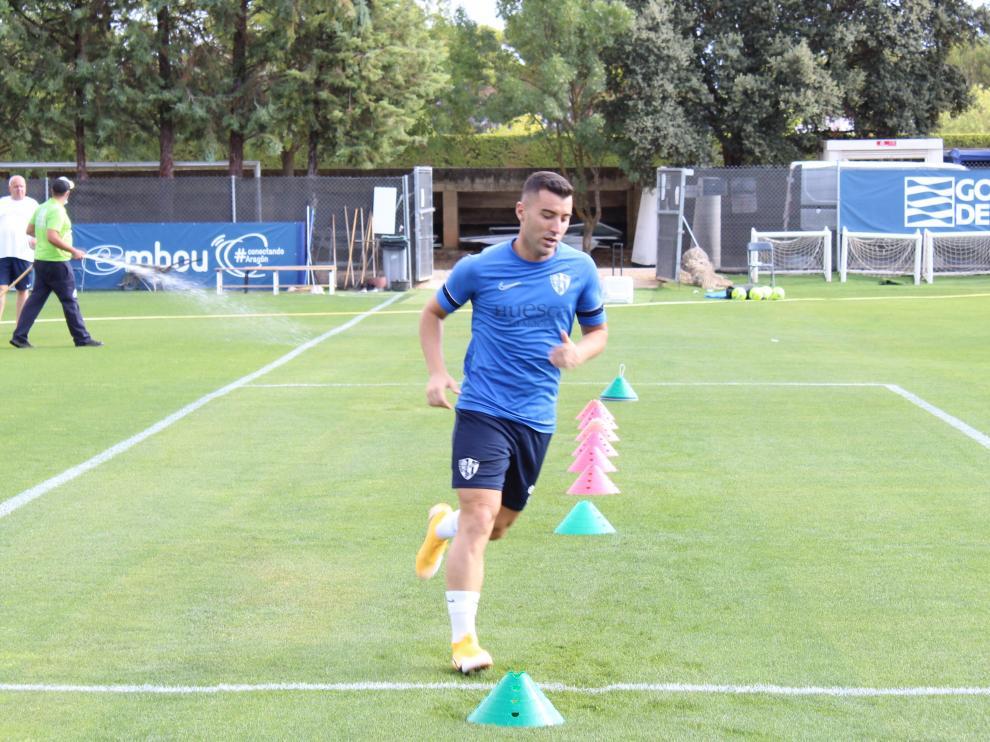 Borja García volvió a los entrenamientos tras superar la cuarentena por covid.