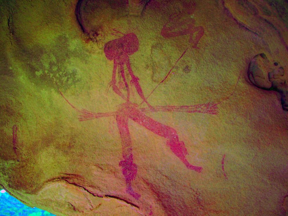 Descubiertos tres nuevos abrigos de arte rupestre levantino en Valmuel