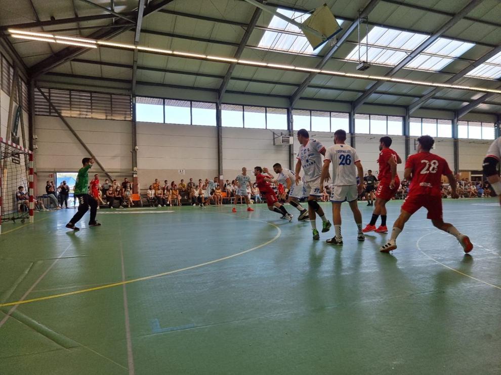 El Bada Huesca cayó ante el Billère en su primer amistoso de pretemporada.