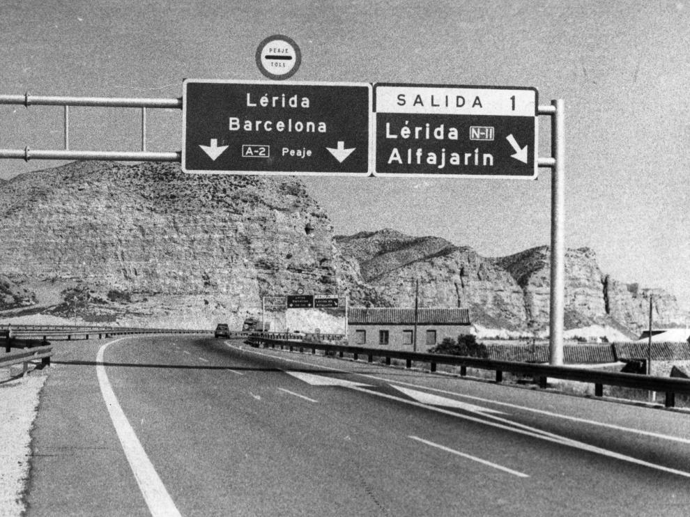 La AP-2, hace 44 años, días antes de puesta en marcha de la autopista.