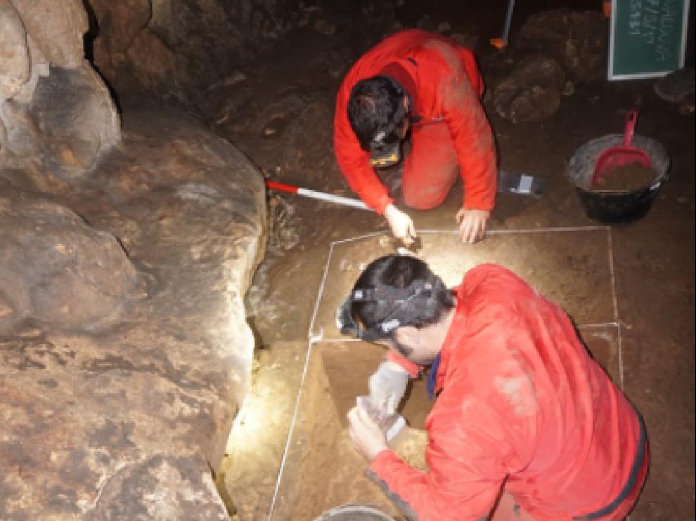 Aitor Ruiz Redondo en una excavación