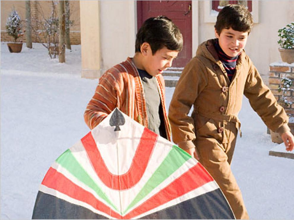 Fotograma de la película 'Cometas en el cielo', adaptación del libro  del médico afgano-estadounidense Khaled Hosseini.