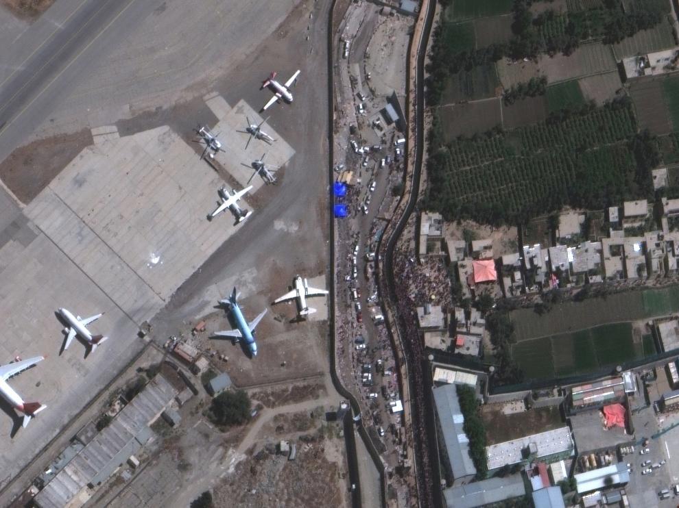 Vista aérea del aeropuerto internacional de Kabul