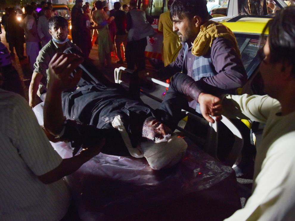 Masacre en el aeropuerto de Kabul con un doble atentado