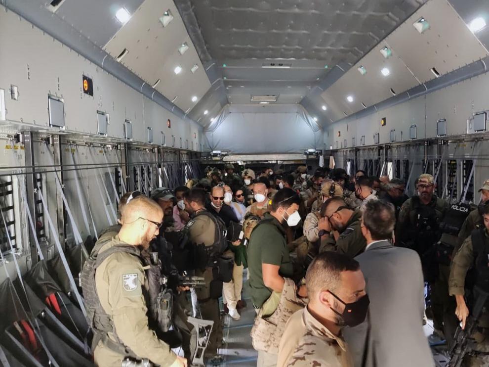 España concluye la misión de evacuación de personas de Afganistán