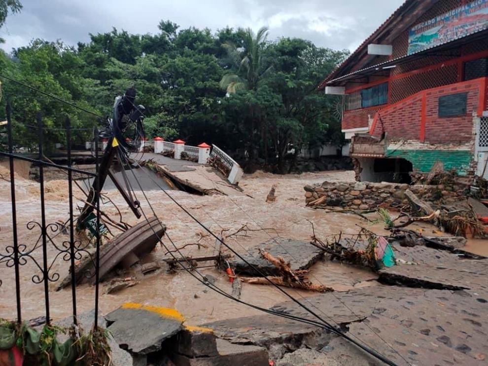 Huracán Nora en la costa de México.