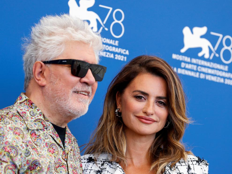 Venice (Italy), 01/09/2021.- Spanish filmmaker Pedro Almodovar poses at a photocall for 'Madres Paralelas' during the 78th annual Venice International Film Festival, in Venice, Italy, 01 September 2021. The movie is presented in the Official competition 'Venezia 78' at the festival running from 01 to 11 September. (Cine, Italia, Niza, Venecia) EFE/EPA/CLAUDIO ONORATI ITALY VENICE FILM FESTIVAL